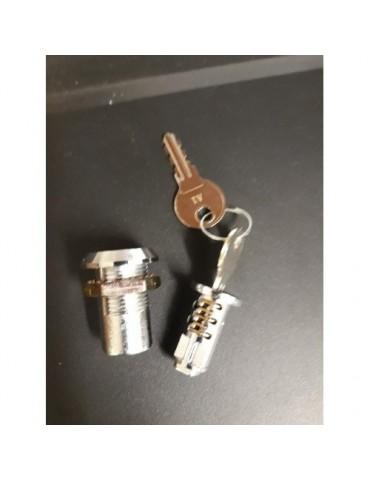 Zamek z kluczykiem płaskim...